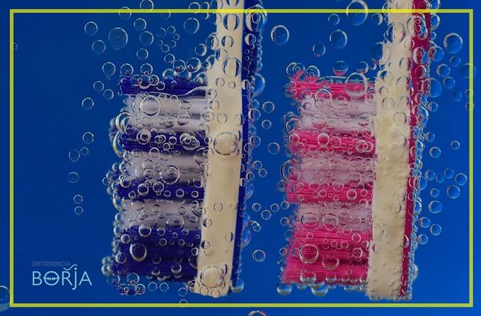 toothbrush-2675507_960_720